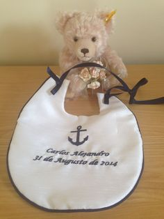 ⭐ Personalised Bibs Teddy Bear /& Ribbons Embroidered Design ⭐
