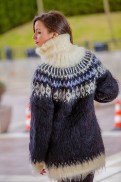 FREE SHIPPING Tiffy Mohair Hand Knitted T neck Icelandic