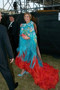 Infanta Elena keeping with Spanish tradition in a flamenco gown by Oscar de la Renta at the 450th anniversary of the Spanish Riding School in Vienna, Austria.