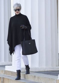 The Best Fashion Ideas For Women Over 60 - Fashion Trends Over 60 Fashion, Over 50 Womens Fashion, 50 Fashion, Look Fashion, Plus Size Fashion, Autumn Fashion, Fashion Outfits, Fashion Trends, Fashion Styles