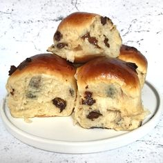 Soft and delicious chocolate muffins - Mette Shakes Cakes Bread Bun, Bread Cake, Baking Recipes, Cake Recipes, Dessert Recipes, Yummy Treats, Yummy Food, Danish Food, Bread And Pastries