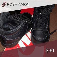 Nike acg boots 5c Like new Nike Shoes Boots