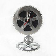 Recycled Bike Chain Pendulum Clock