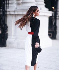 @annegolfarelli Fashion Details, Fashion Design, Short Dresses, Formal Dresses, Business Attire, White Fashion, Elegant Dresses, Everyday Fashion, Casual Wear
