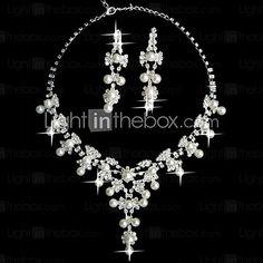 White Pearl Two Piece Fantasy Ladies' Jewelry Set (45 cm) | LightInTheBox