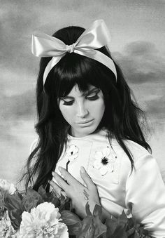 its lana but she very much looks like a doll from the 60s!