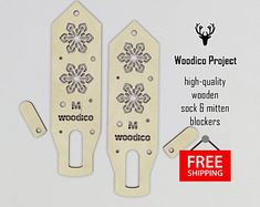 High-quality wooden sock blockers and mitten de WoodicoProjectShop Knit Mittens, Knitted Gloves, Plywood Prices, Etsy, Pairs, Templates, Crystals, Knitting, Create