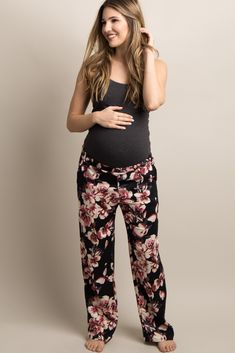 Floral print maternity lounge pants. Elastic waistband. Side pockets. This style was created to be worn before, during, and after pregnancy.