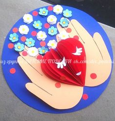 47 Ideas Birthday Crafts For Kids For Mom Valentines Day Mothers Day Crafts For Kids, Paper Crafts For Kids, Mothers Day Cards, Preschool Crafts, Valentines For Mom, Valentines Day Greetings, Valentine Day Crafts, Diy Mother's Day Crafts, Mother's Day Diy