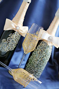 Gold Wedding champagne flutes Toasting flutes от JewelryBouquet