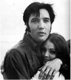 {*Elvis & Priscilla in Hawaii in the 1960s*}