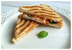 Pesto Ricotta Toast aus der Pfanne