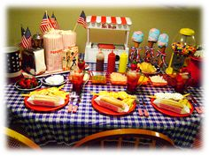 Tablescape Thursday: Old Time 4th of July « The Homestead. Wow...look at this one!