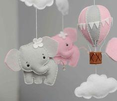 móbile de feltro elefante balão e nuvens - escolha as cores
