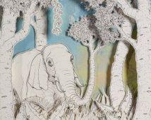 KOFFERBAK, olifant, jungle, pop Surrealisme, papier knippen, papier sculptuur, alledaags, 3D-art, diorama, tekening, pen en inkt,…
