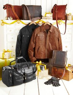 leather wears and fashion Simple Sewing Machine, World Of Fashion, Mens Fashion, Discount Vouchers, East London, Leather Accessories, Travel Bags, Woodland, Leather Jacket