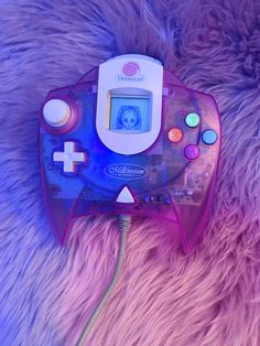 "Dreamcast ""Millennium 2000″ Controller (1999) Originally part of a post by…"