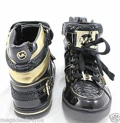 NEW MICHAEL KORS Fulton High TOP Sneakers BLACK Patent LEATHER Monogram Gold 9