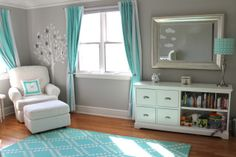 Grey and aqua/mint.I like these colors together & am thinking of using them in my living room