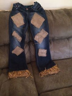 DIY scarecrow costume. All you need is double sided strong tape, burlap and some hay or straw. I did two strips of tape at the end if the pant legs one for the burlap and one for the straw. Many compliments with this one.