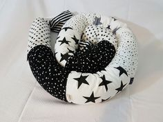 Black & white נחשוש star