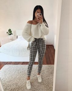 A new season means new outfits, and we couldn't be more excited about that. Teenage Outfits, Winter Fashion Outfits, Outfits For Teens, Spring Outfits, Fashion Clothes, Simple Outfits, Trendy Outfits, Korean Fashion, Trendy Fashion