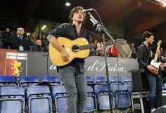 Jack Savoretti suona per il suo #Genoa