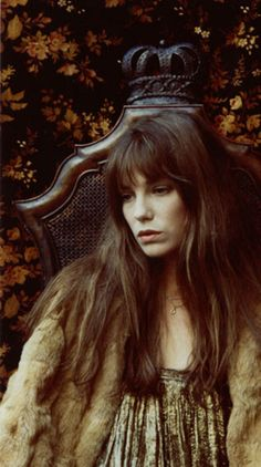 Jane Birkin and a chair I have to have