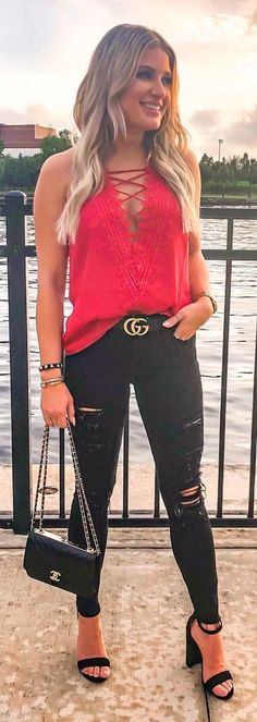 distressed black denim jeans and red tank top. Casual Summer Outfits, Trendy Outfits, Summer Clothes, Tank Top Outfits, Black Denim Jeans, Red Tank Tops, Summer Lookbook, Pink Pants, My Style