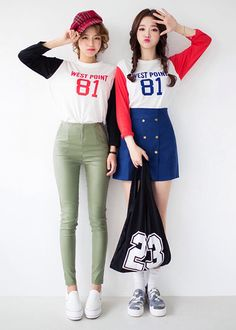 Image via We Heart It https://weheartit.com/entry/140835394 #cute #fashion #kawaii #ulzzang #koreanmodel #얼짱 #kstyle