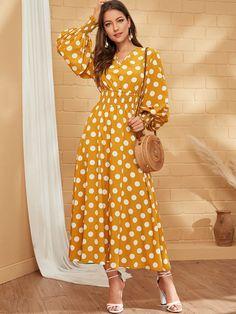 Muslim Fashion, Modest Fashion, Fashion Dresses, Shirred Dress, Girls Fashion Clothes, Dot Dress, Polka Dot Maxi Dresses, Simple Dresses, Designer Dresses