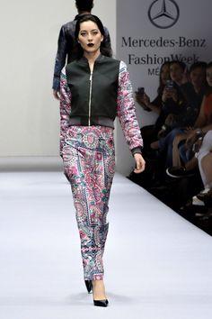 PINEDA COVALIN presenta su colección O/I 15-16 en el marco de Mercedes Benz Fashion Week México.