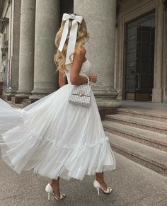 White Outfits, Classy Outfits, Dress And Heels, Dress Up, Preppy Girl, Gowns Of Elegance, Victoria, Dream Dress, Vintage Dresses