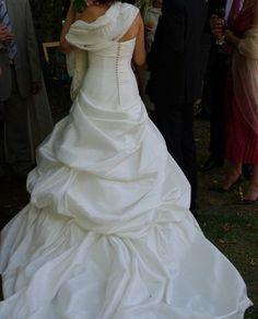 Très belle robe de mariée PRONOVIAS T36 modèle unique