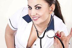 Vrouwelijke doktoren beter dan mannen - http://www.stoerejongenzzz.nl/vrouwelijke-doktoren-beter-dan-mannen/