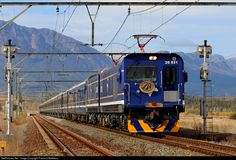 Net Photo: TFR Transnet Freight Rail Class Electric at Cape Town, South Africa by Francois Mattheus South African Railways, Electric Train, Speed Training, Electric Locomotive, Cape Town, High Speed, Motorbikes, Interior And Exterior, Planes