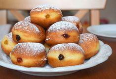 Domácí housky - Avec Plaisir Pretzel Bites, Doughnut, Hamburger, Bread, Beignets, Food, Sweet Recipes, Breads, Baking