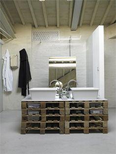 pallets badroom
