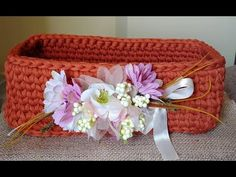 Corbeille crochet - YouTube Crochet Video, Couture, Make It Yourself, Deco, Point, Crafts, Facebook, Instagram, Crochet Baskets