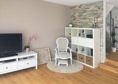 Wohnzimmer nach Umsetzung Modern, Loft, Bed, Furniture, Home Decor, Environment, Oak Tree, Living Room, Homes