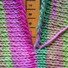 #Knitting - Invisible seaming, this is going to be very useful when I finally finish the second half of my blanket.