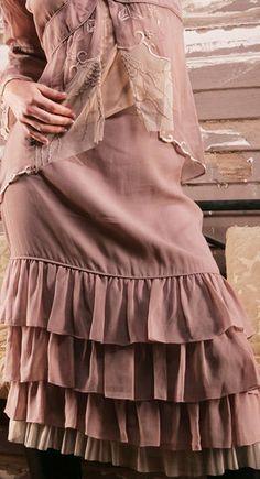 Vintage style skirt in mauve #wardrobeshop