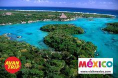 Playas que se mezclan con el desierto o la selva exuberante; playas sede de vestigios aborígenes; playas cuyo silencio acerca al paraíso; y playas en donde la fiesta nunca termina. Dicen por ahí, que los atardeceres en la Riviera Maya son imperdibles…#Playa #RivieraMaya #PlayadelCarmen #Mexico #Caribe