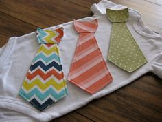 I need a sewing machine so I could make these myself!! So cute! It would be cool if they were velcro and interchangeable!