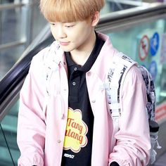I'm really interested in chenle / jisung fanboys Actually I don't think they existBut who knows who knows..[170409] ICN Airport Cr : lollipop0102..[