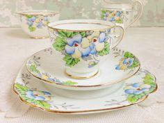 "Vintage Salisbury ""Pansy"" Tea Trio, Hand Painted Vintage 1930s £15.00 plus shipping"