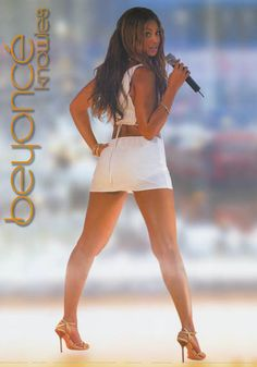 A great poster of Beyonce Knowles when she decided to go solo from Destiny's Child! Published in 2003. Fully Licensed. Ships fast. 24x34 inches. Need Poster Mounts..? bm7648