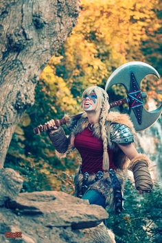 Cute and nice Astrid cosplay from HTTYD 2 by Tham Photo by Studios. Astrid Cosplay, Astrid Costume, Cosplay Costumes, Halloween Costumes, Cosplay Ideas, Minions, Httyd 2, Marvel Now, Geek Games