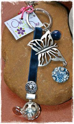 Llavero amuleto llamador de Ángeles, se incluye el significado impreso del llamador.