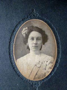 vintage-antique-cabinet-card-photograph